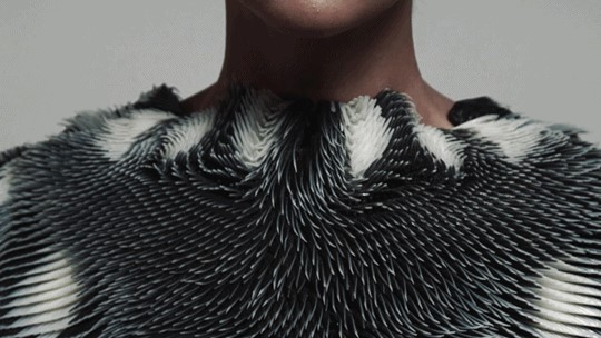 The Wearable Technology art, an art form linked to the Wearables with an infinite journey.